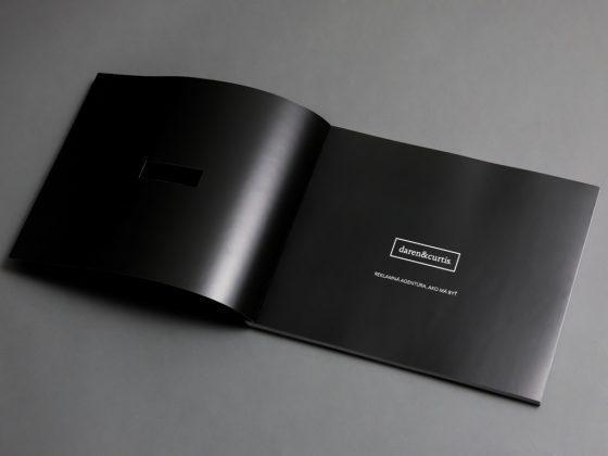 Tlač katalógov a brožúr | Polygrafické centrum